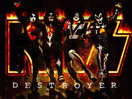 KISS – Detroit Rock City Lyrics